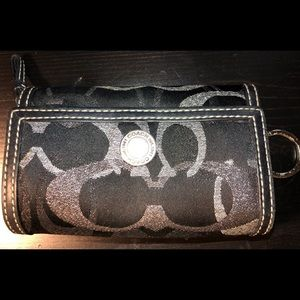 COACH BLACK And SILVER Women's Wallet Stylish!
